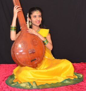 Oaviya Bavan (Rising Star Award - Carnatic vocal)